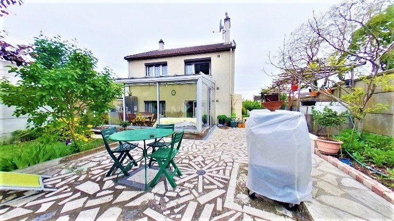 Maison à vendre 5 125m2 à Argenteuil vignette-2