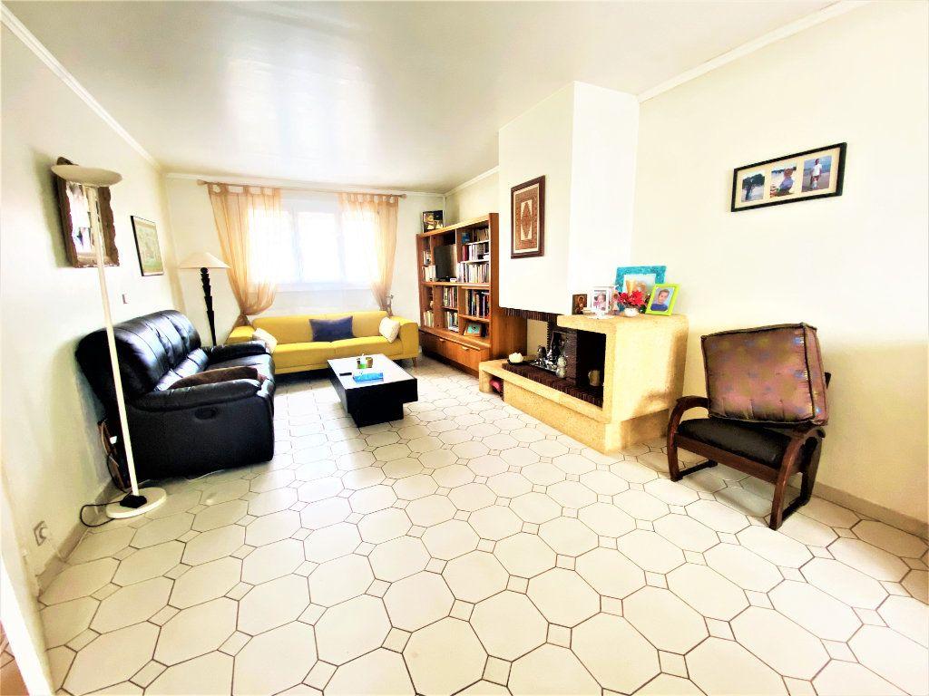 Maison à vendre 5 125m2 à Argenteuil vignette-18