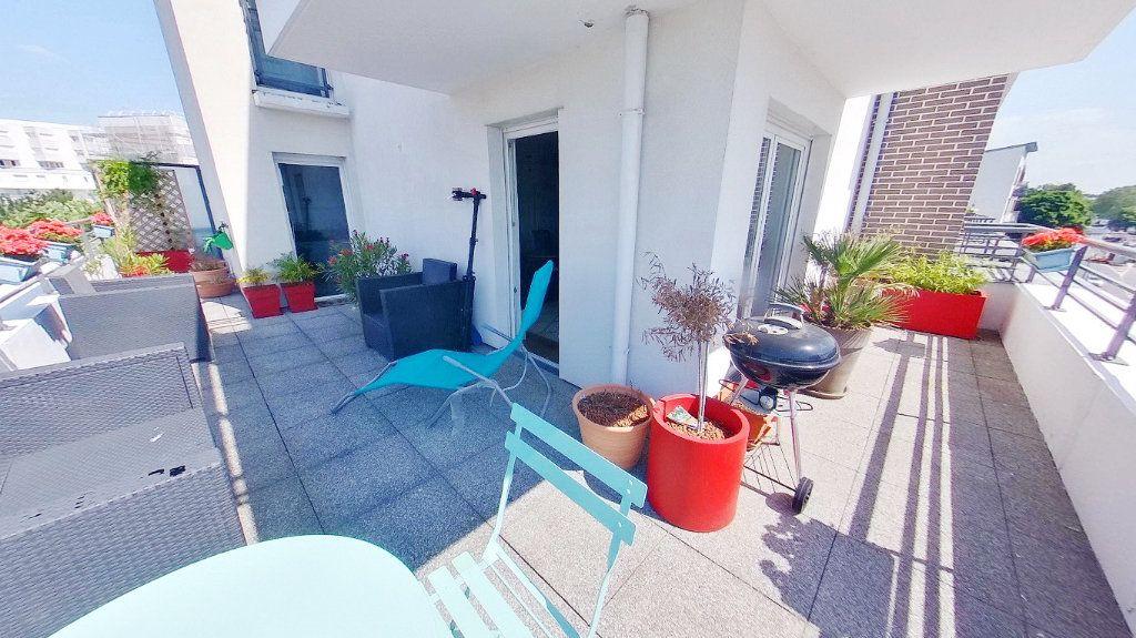 Appartement à vendre 4 88.9m2 à Argenteuil vignette-2