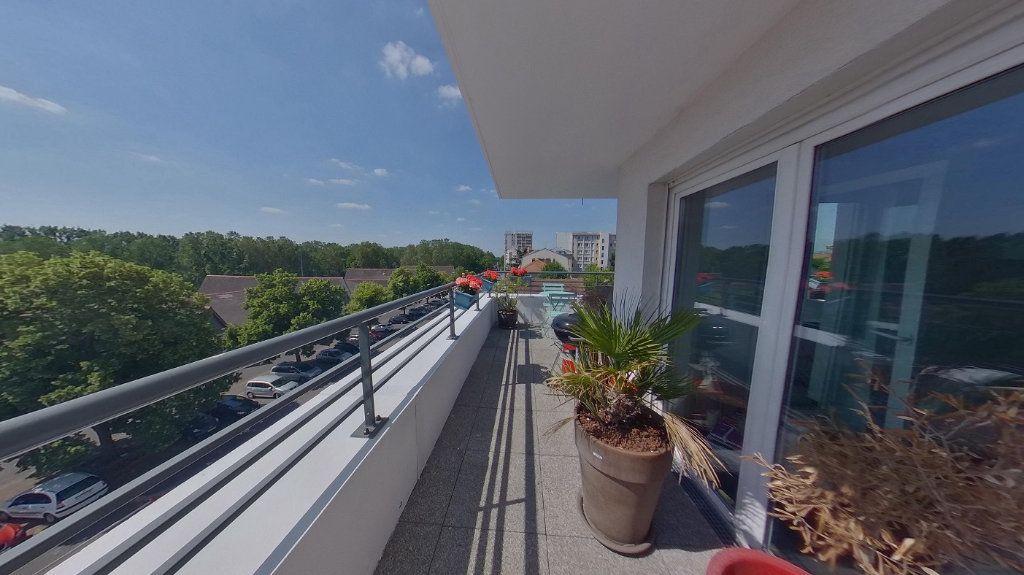 Appartement à vendre 4 88.9m2 à Argenteuil vignette-4