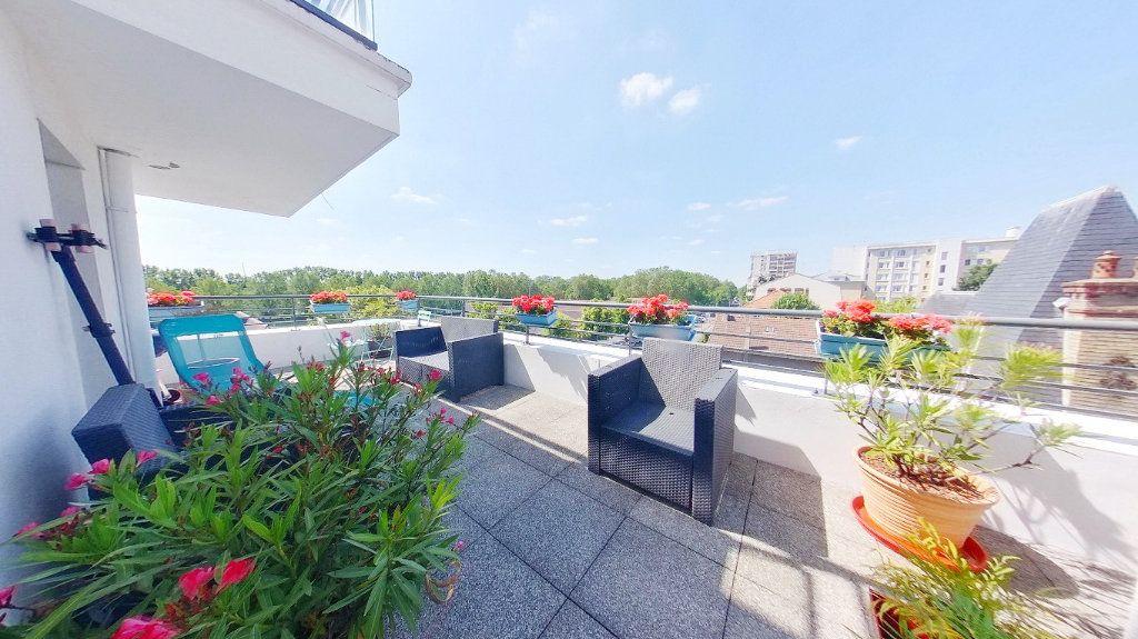 Appartement à vendre 4 88.9m2 à Argenteuil vignette-9