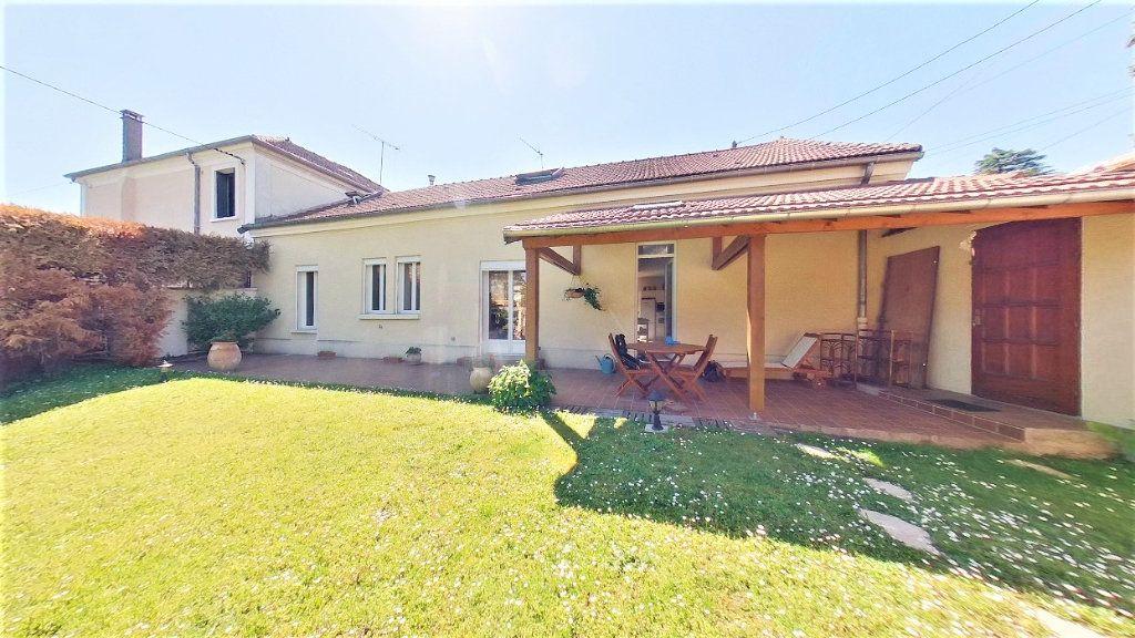 Maison à vendre 7 150m2 à Argenteuil vignette-1