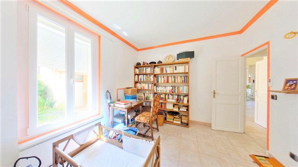 Maison à vendre 7 150m2 à Argenteuil vignette-10