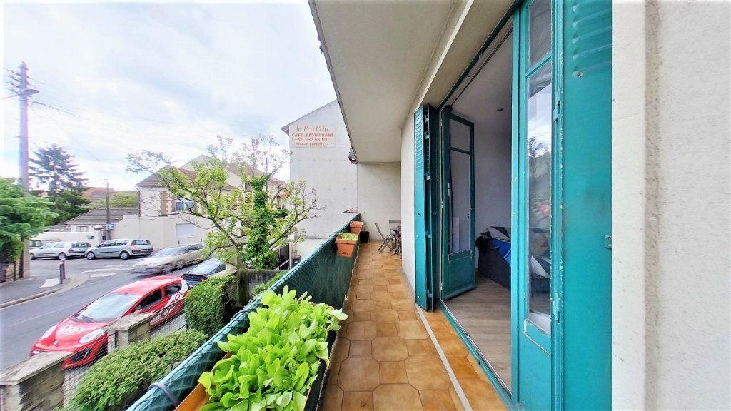 Appartement à vendre 4 70m2 à Argenteuil vignette-3