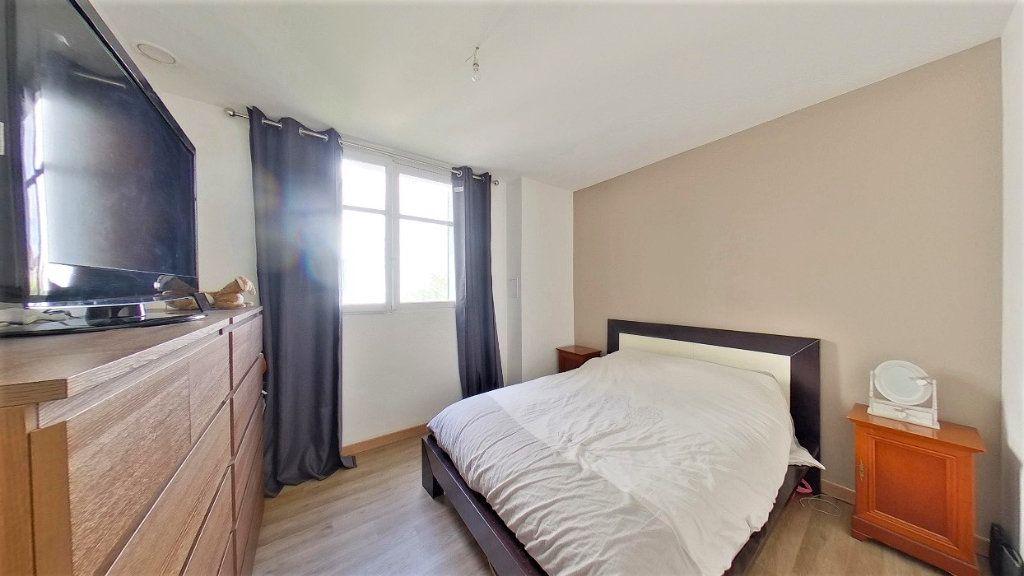 Appartement à vendre 4 70m2 à Argenteuil vignette-5