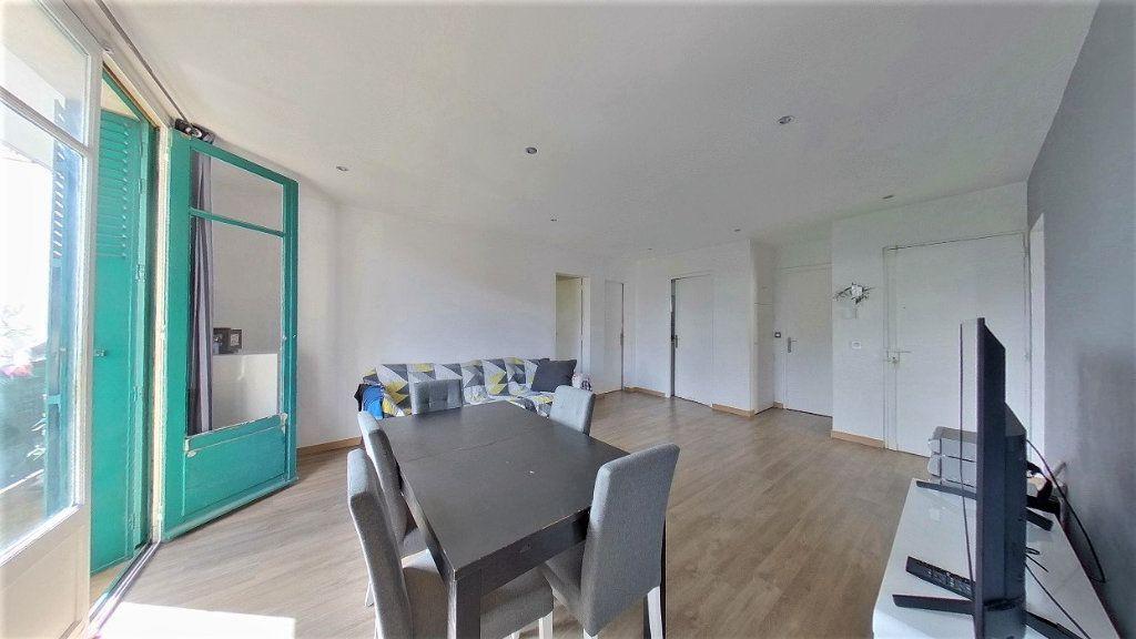 Appartement à vendre 4 70m2 à Argenteuil vignette-9