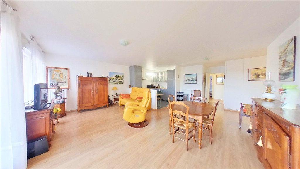 Appartement à vendre 4 77m2 à Argenteuil vignette-1