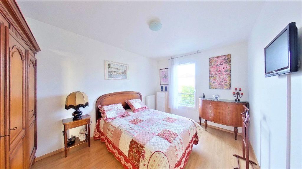 Appartement à vendre 4 77m2 à Argenteuil vignette-9