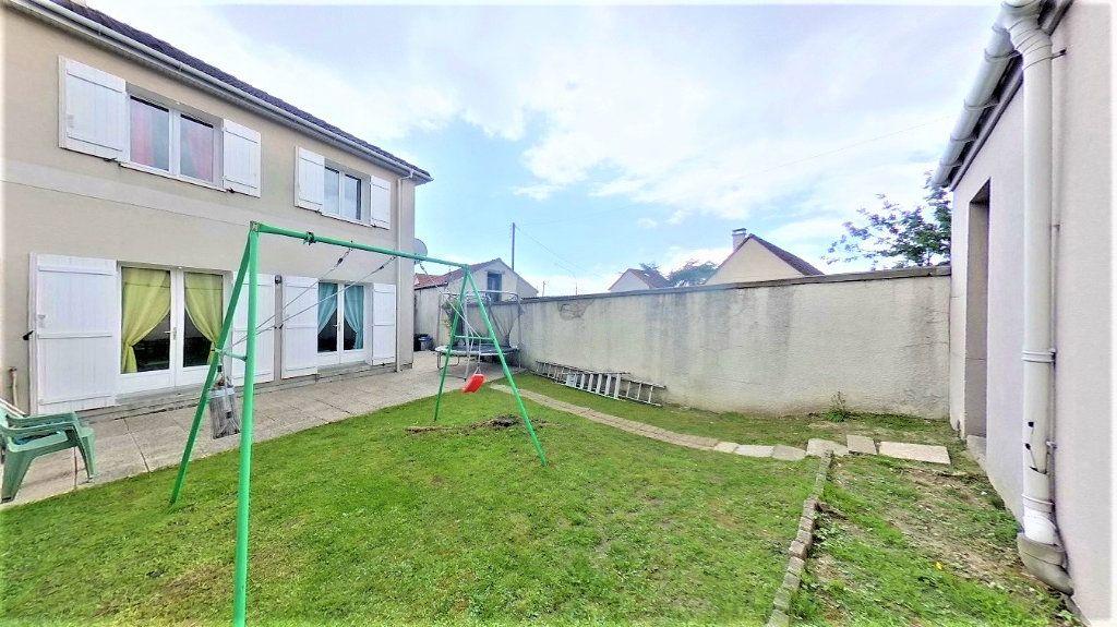 Maison à vendre 4 77m2 à Argenteuil vignette-1