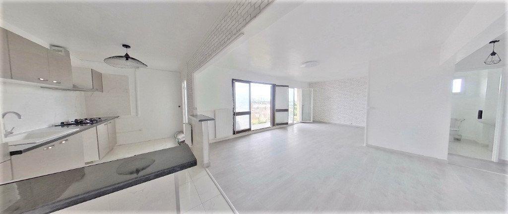 Appartement à vendre 4 92.63m2 à Argenteuil vignette-1