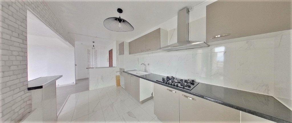 Appartement à vendre 4 92.63m2 à Argenteuil vignette-3