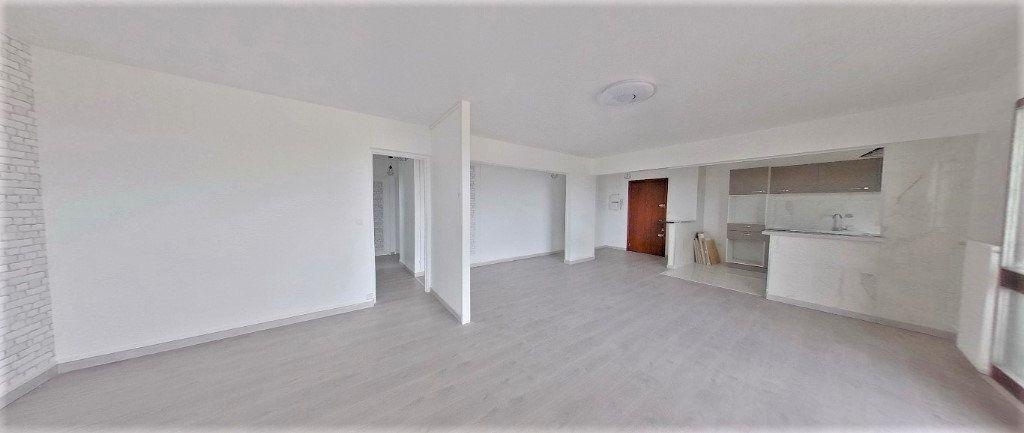 Appartement à vendre 4 92.63m2 à Argenteuil vignette-4