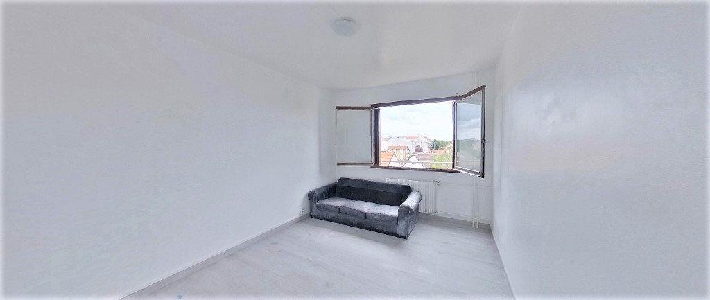 Appartement à vendre 4 92.63m2 à Argenteuil vignette-7