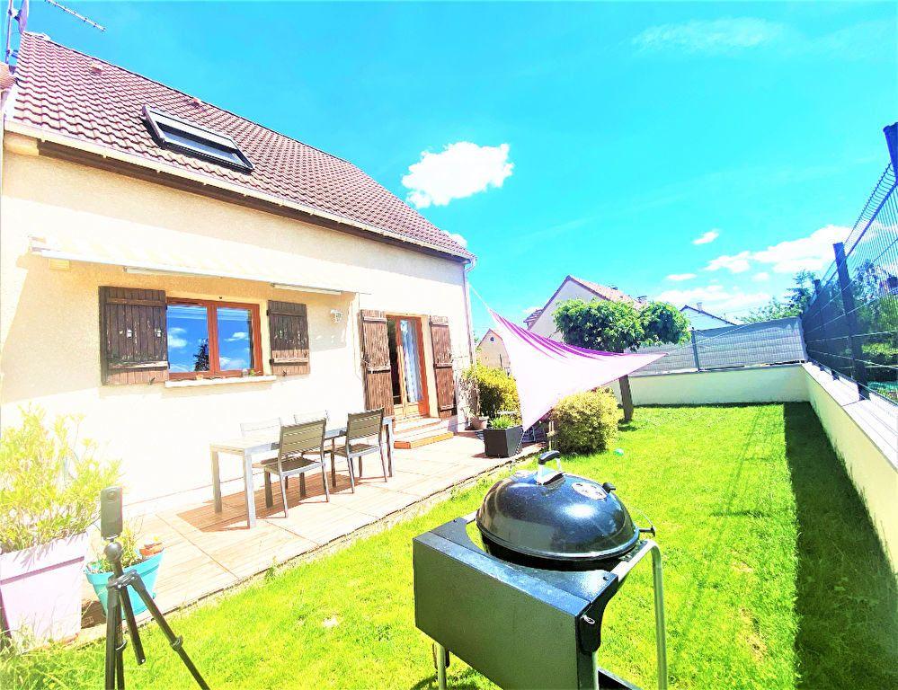 Maison à vendre 5 105m2 à Argenteuil vignette-1