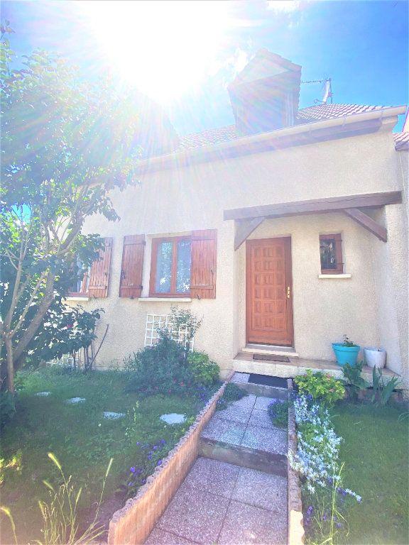 Maison à vendre 5 105m2 à Argenteuil vignette-4
