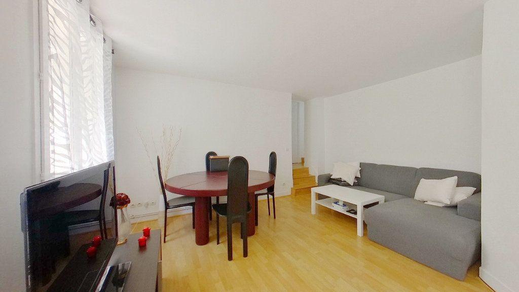 Appartement à vendre 3 64.29m2 à Argenteuil vignette-2
