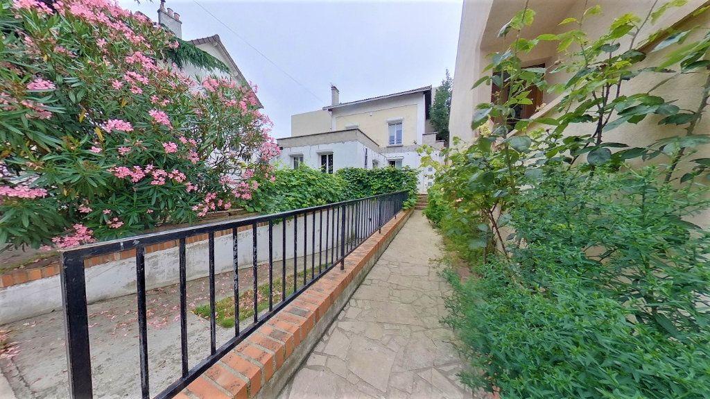 Maison à vendre 6 120m2 à Argenteuil vignette-11