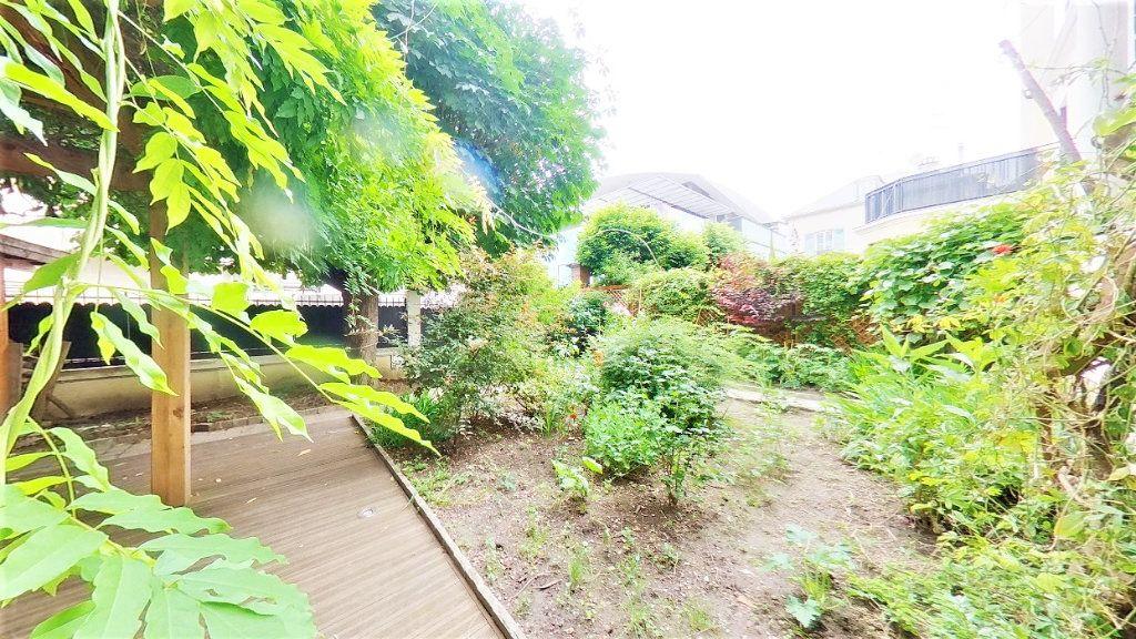 Maison à vendre 8 215m2 à Argenteuil vignette-5