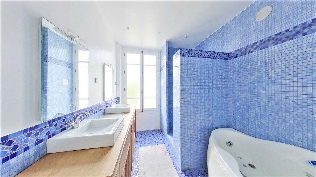 Maison à vendre 8 215m2 à Argenteuil vignette-10