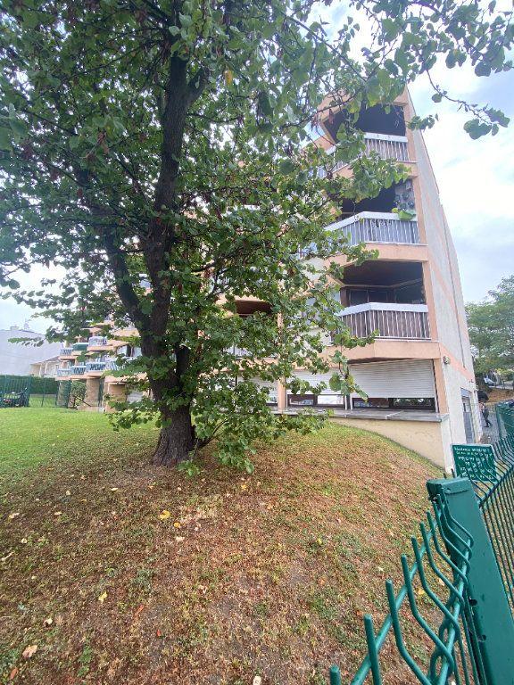 Appartement à vendre 1 26m2 à Argenteuil vignette-1