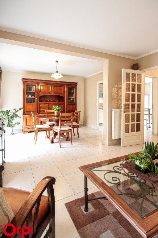 Maison à vendre 5 104m2 à Houilles vignette-3