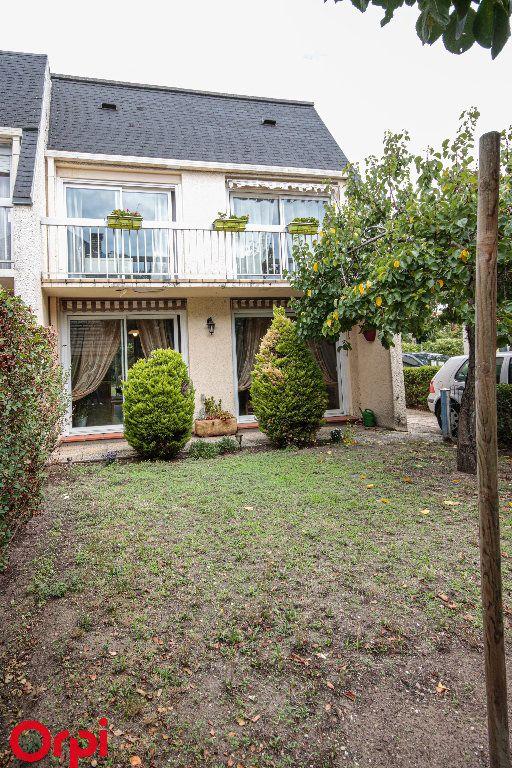 Maison à vendre 5 104m2 à Houilles vignette-11