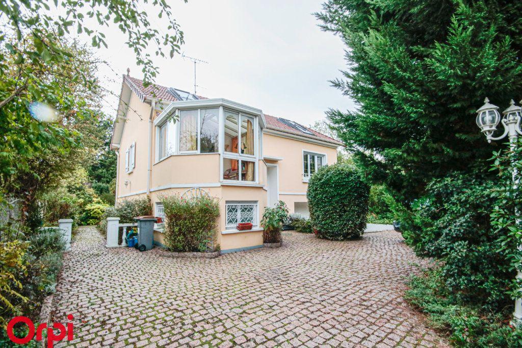 Maison à vendre 6 130m2 à Houilles vignette-1