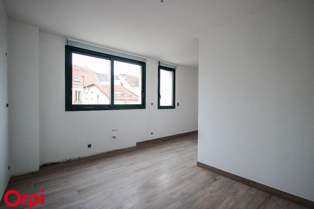 Maison à vendre 6 112m2 à Houilles vignette-3