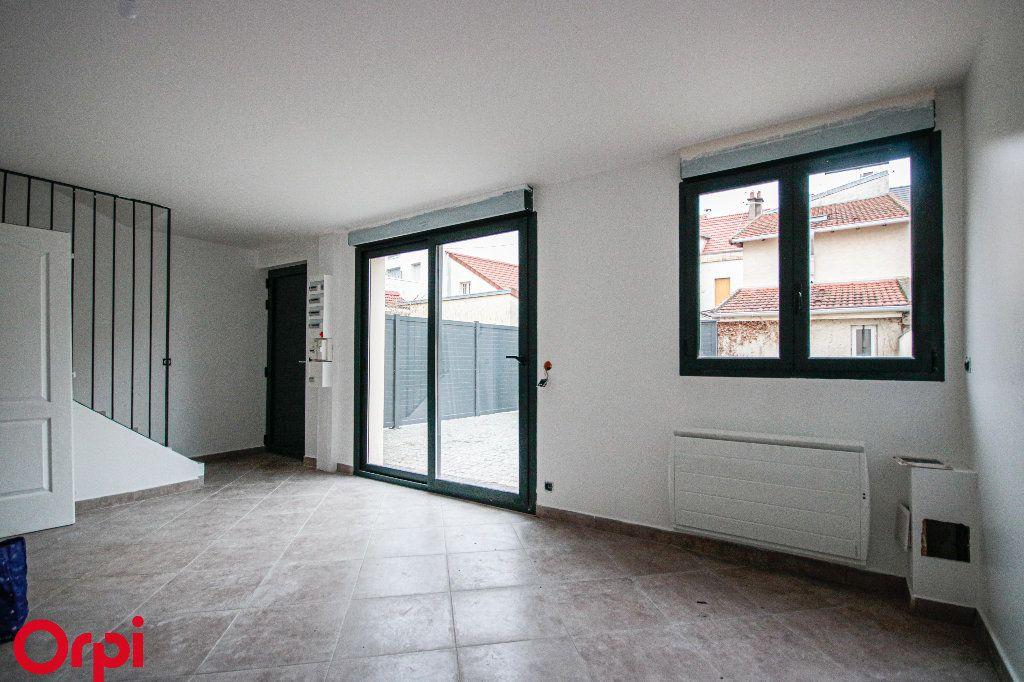 Maison à vendre 6 112m2 à Houilles vignette-6