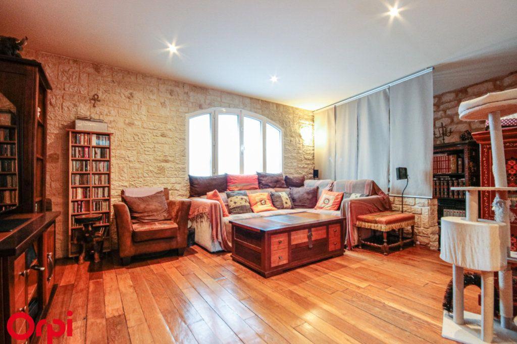 Maison à vendre 8 183m2 à Houilles vignette-1