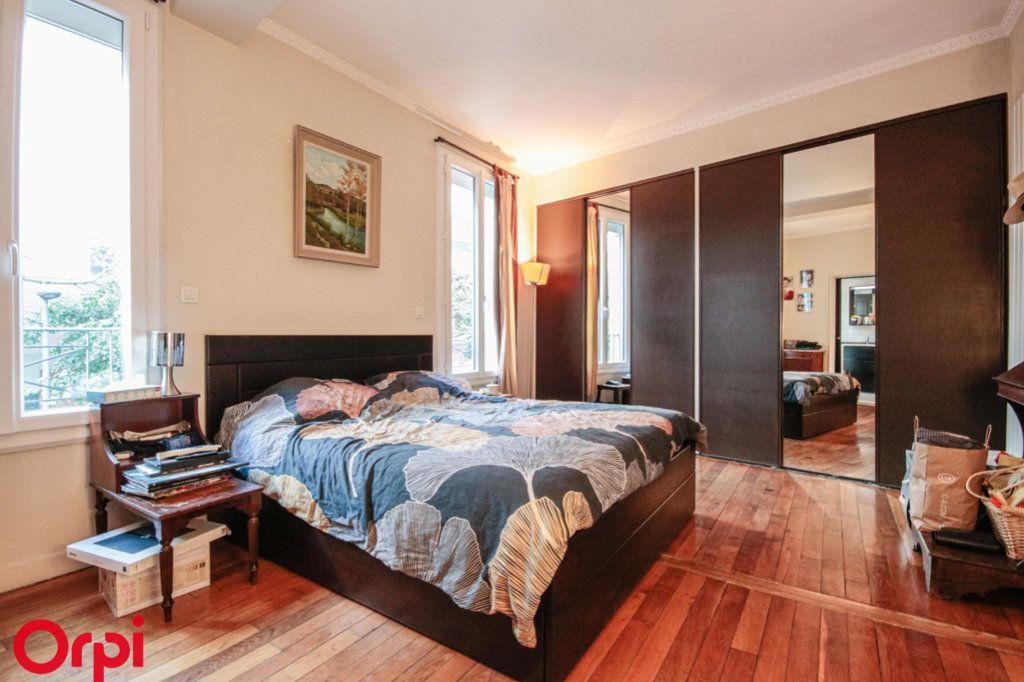 Maison à vendre 8 183m2 à Houilles vignette-4