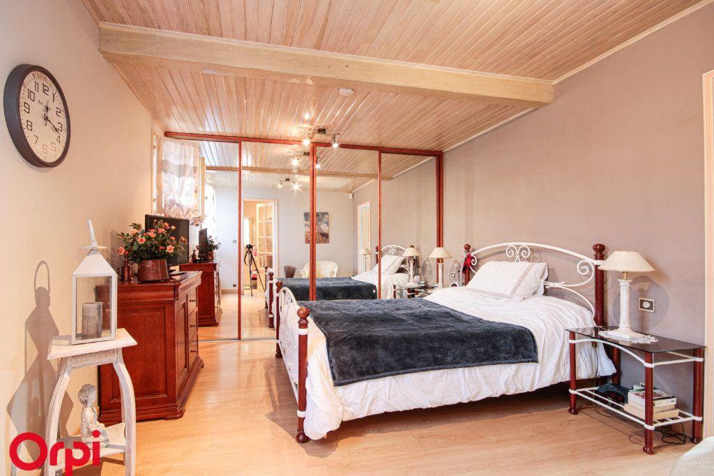 Maison à vendre 6 105m2 à Houilles vignette-6