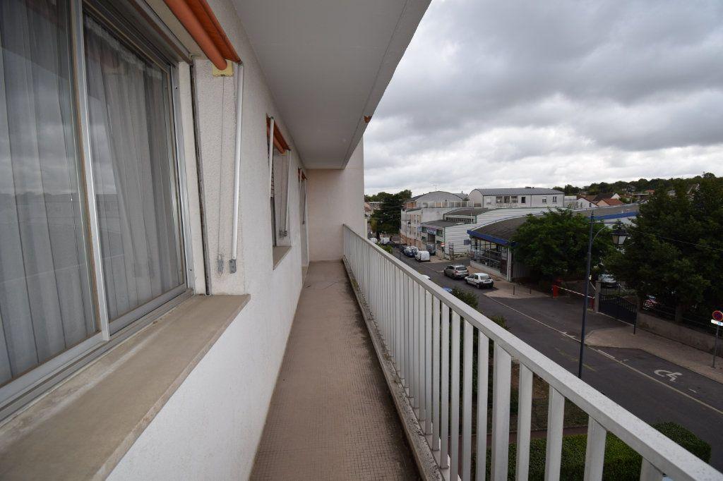 Appartement à vendre 4 77m2 à Herblay vignette-4