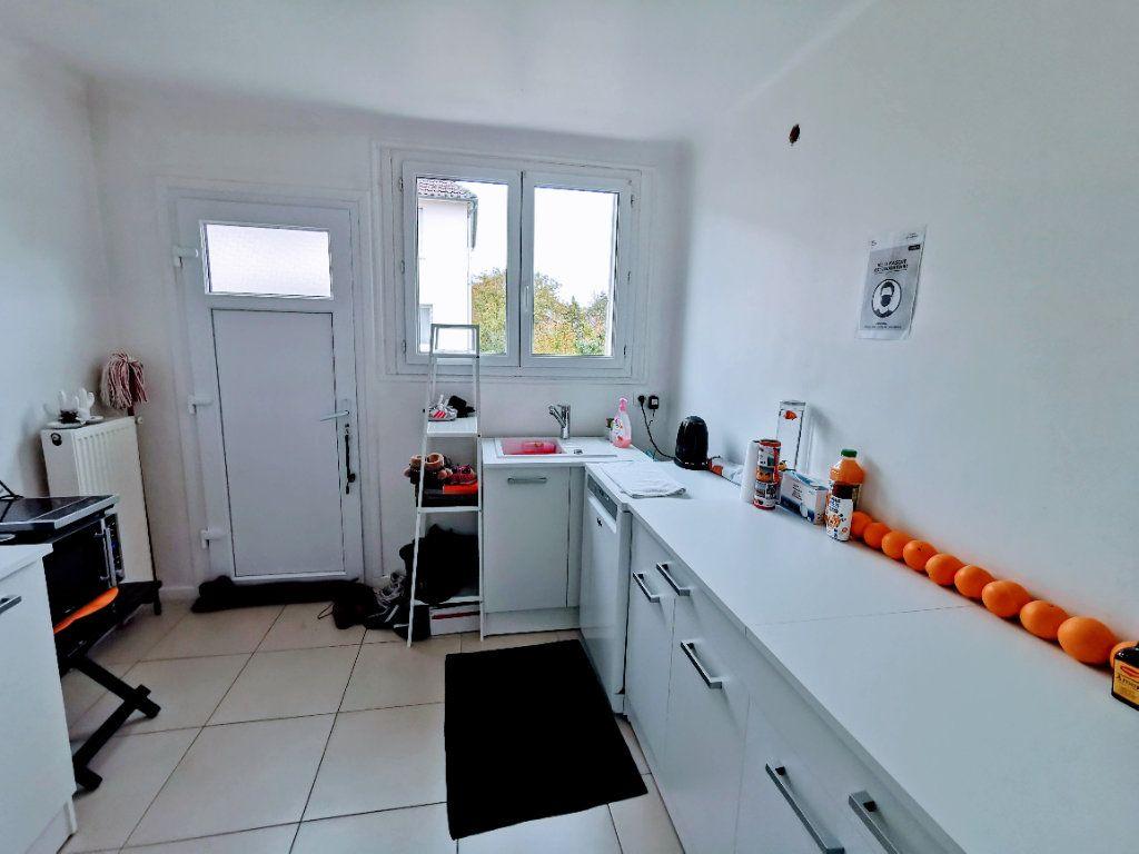 Maison à vendre 4 66.36m2 à Ermont vignette-4