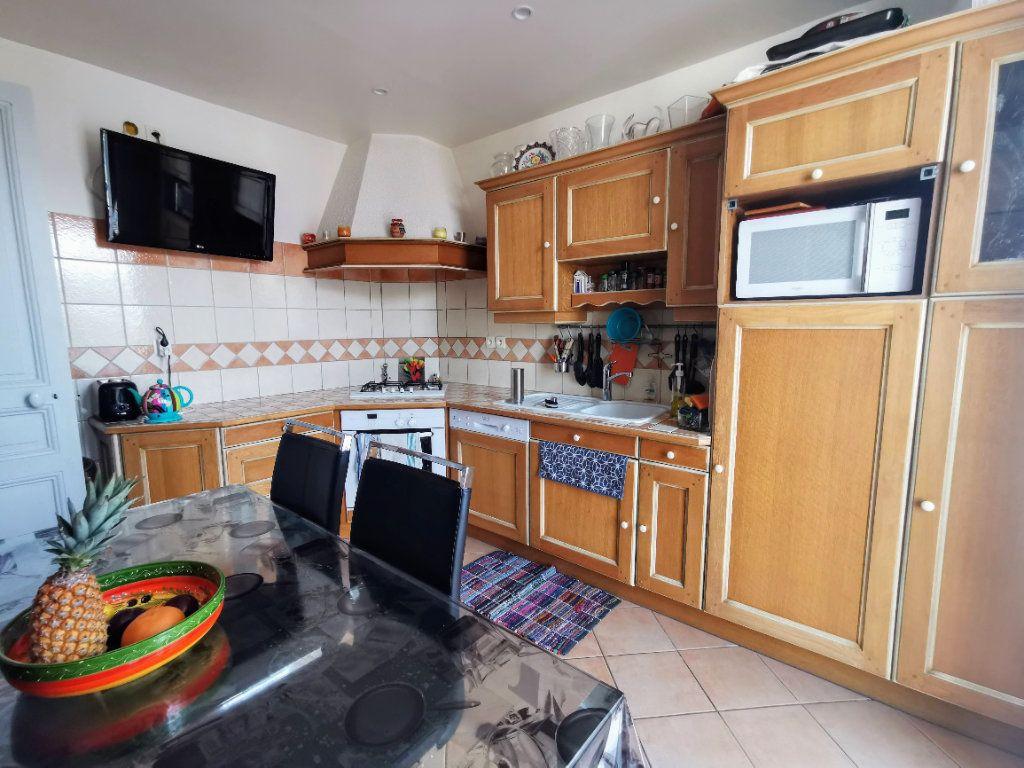 Maison à vendre 8 200m2 à Ermont vignette-3