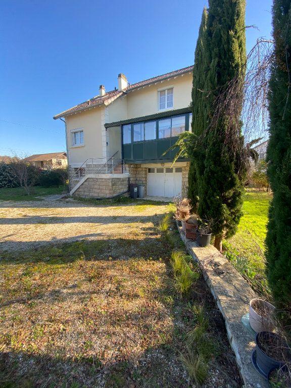 Maison à vendre 5 114m2 à Auvers-sur-Oise vignette-1