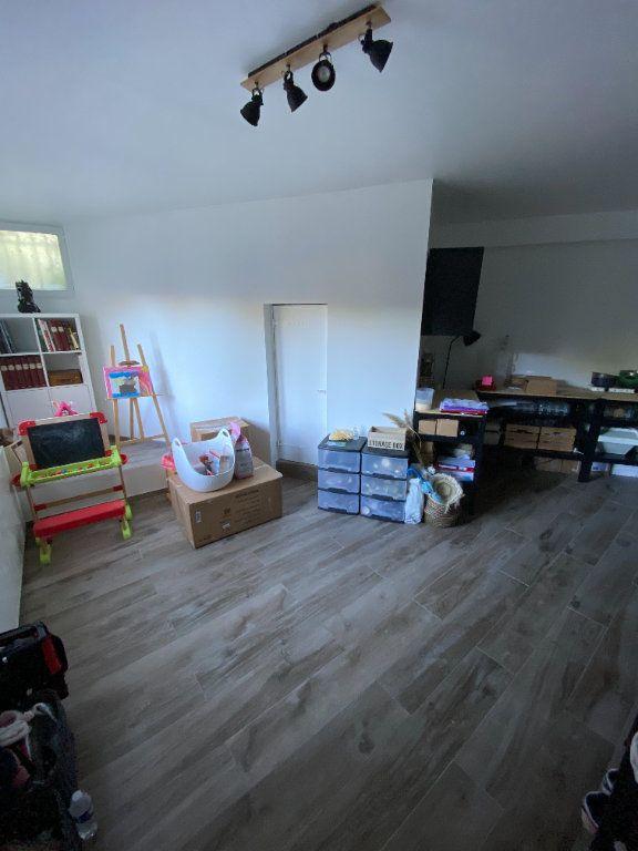 Appartement à vendre 3 80m2 à Méry-sur-Oise vignette-2