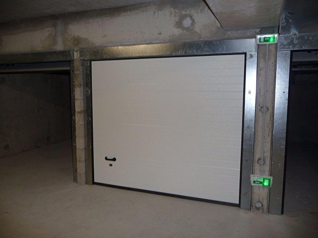 Stationnement à louer 0 0m2 à Eaubonne vignette-2
