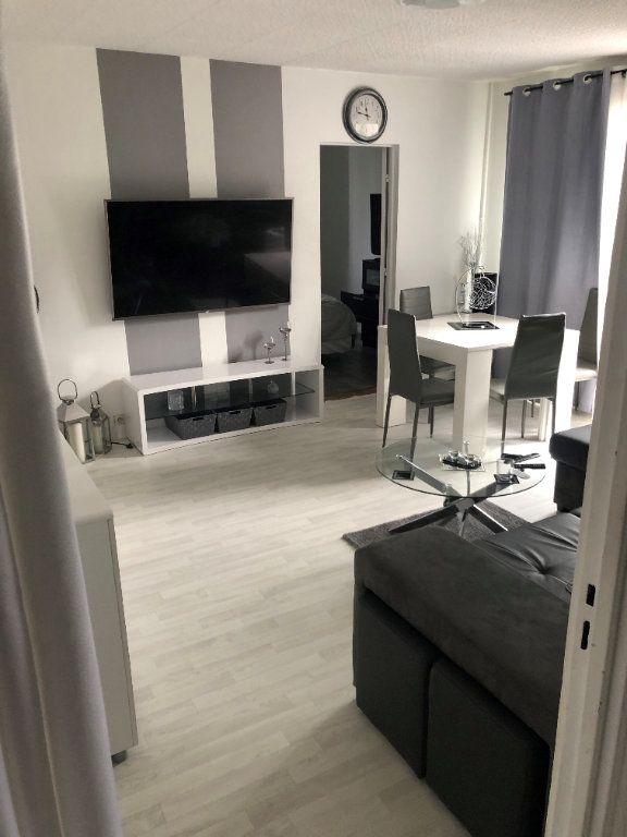 Appartement à vendre 4 68.37m2 à Taverny vignette-2