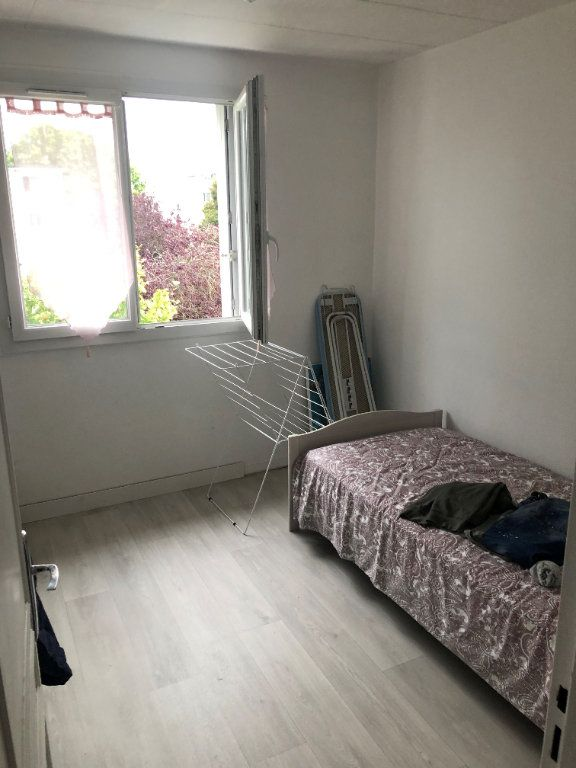 Appartement à vendre 4 68.37m2 à Taverny vignette-5