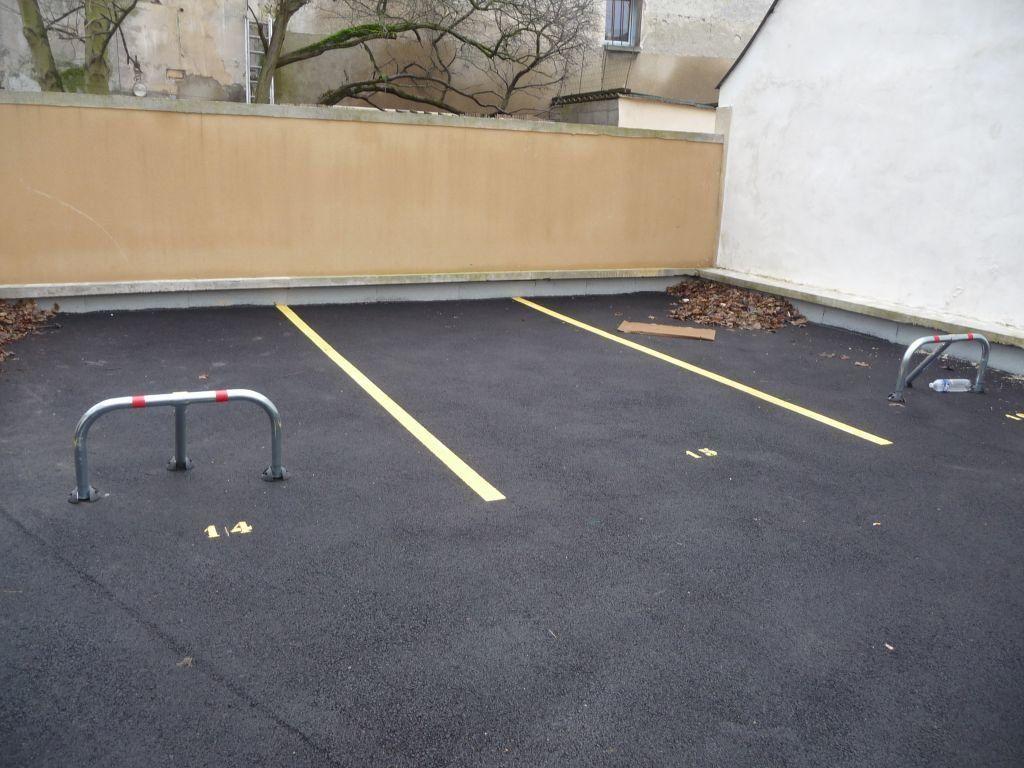 Stationnement à louer 0 0m2 à Le Plessis-Bouchard vignette-2