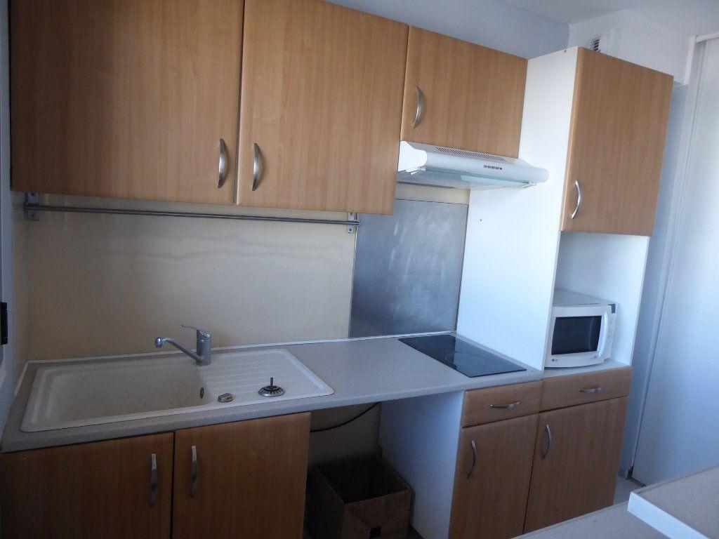 Appartement à louer 1 27.94m2 à Argenteuil vignette-4