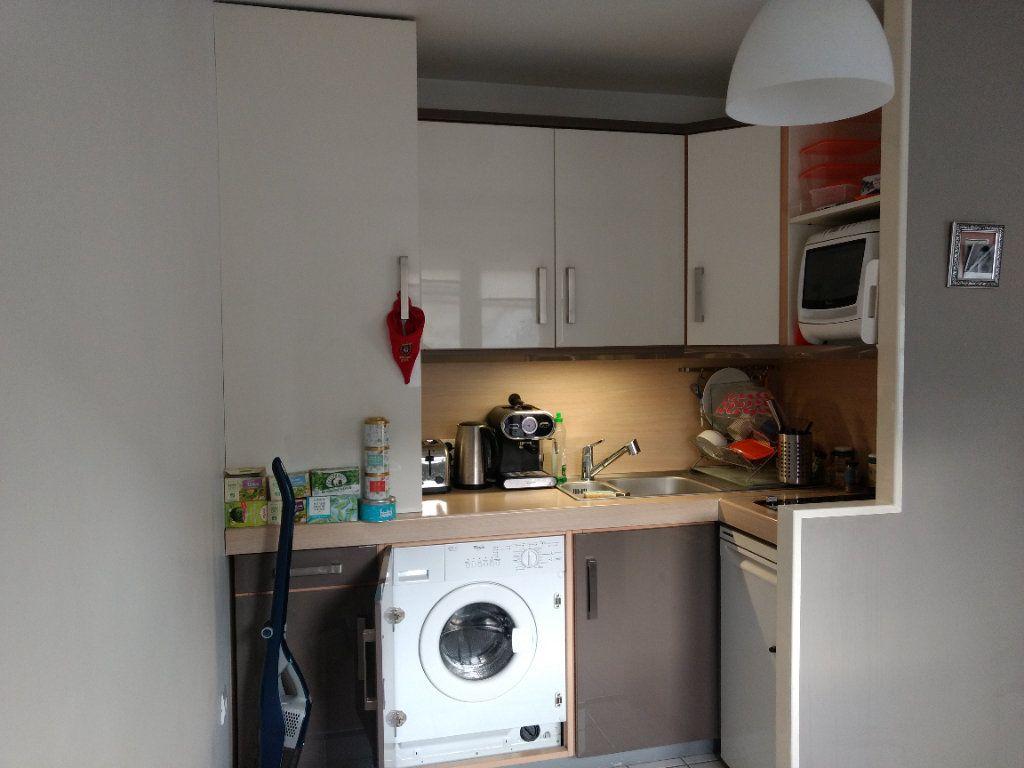 Appartement à louer 1 27.8m2 à Deuil-la-Barre vignette-6