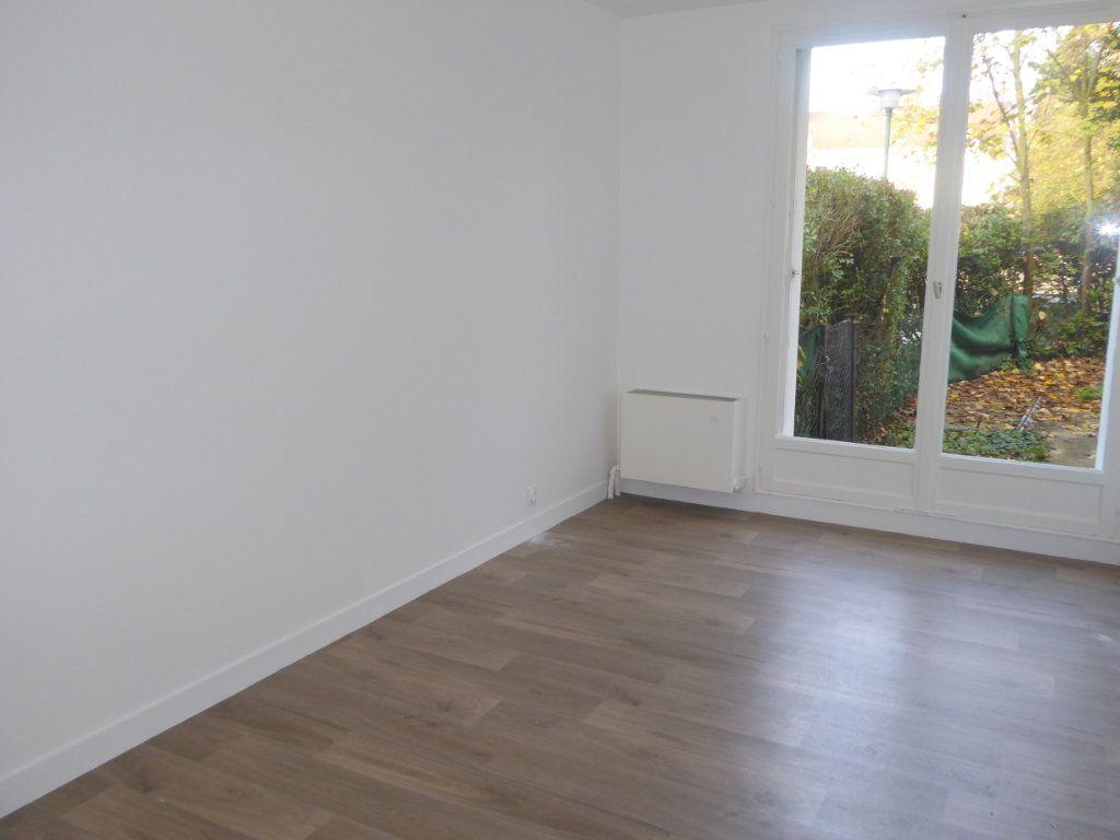 Appartement à louer 3 67m2 à Montlignon vignette-6