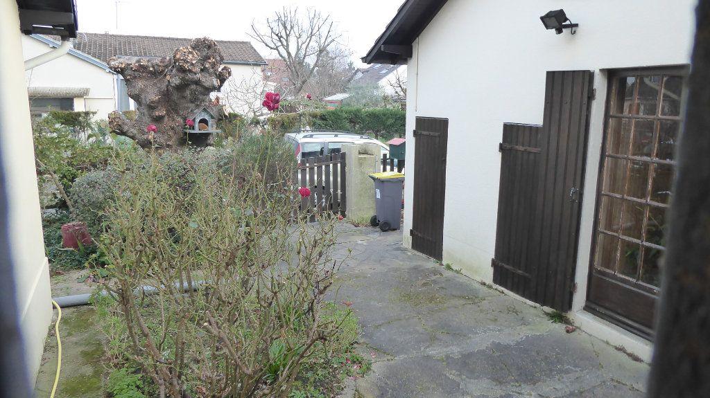 Maison à vendre 3 61m2 à Le Plessis-Bouchard vignette-1