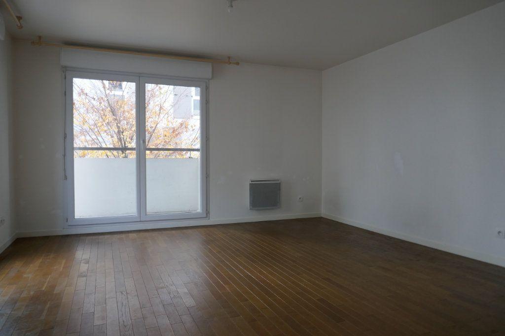 Appartement à louer 3 56.86m2 à Ermont vignette-4