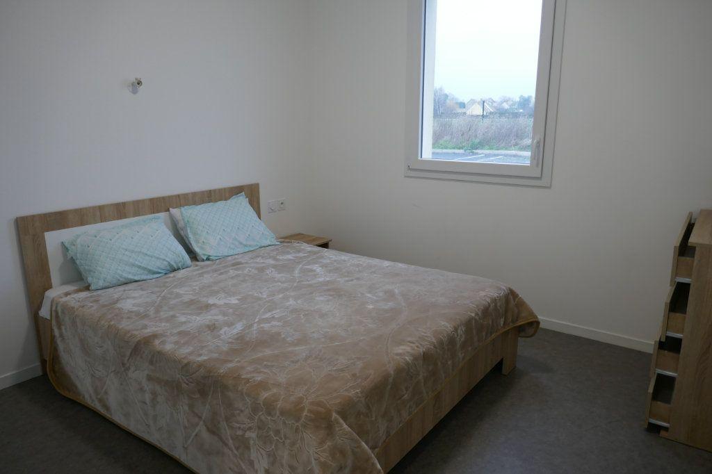 Appartement à louer 1 15m2 à Franconville vignette-3