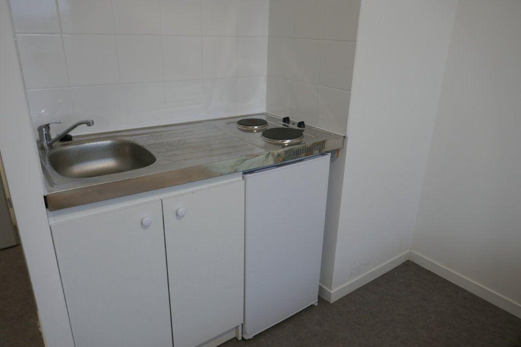 Appartement à louer 1 25m2 à Franconville vignette-4