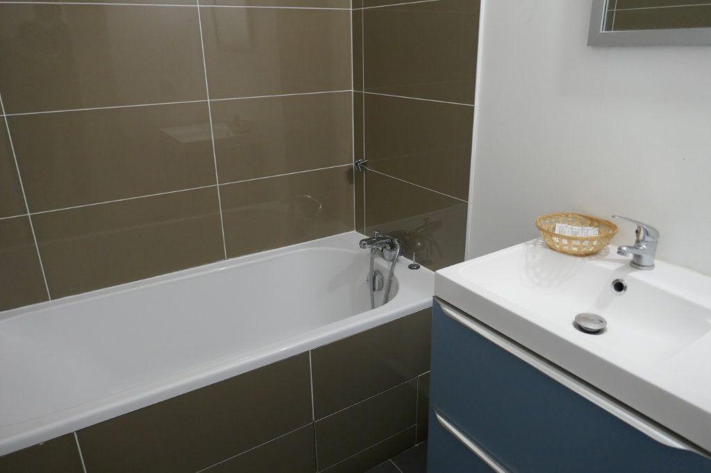 Appartement à louer 1 30m2 à Franconville vignette-5