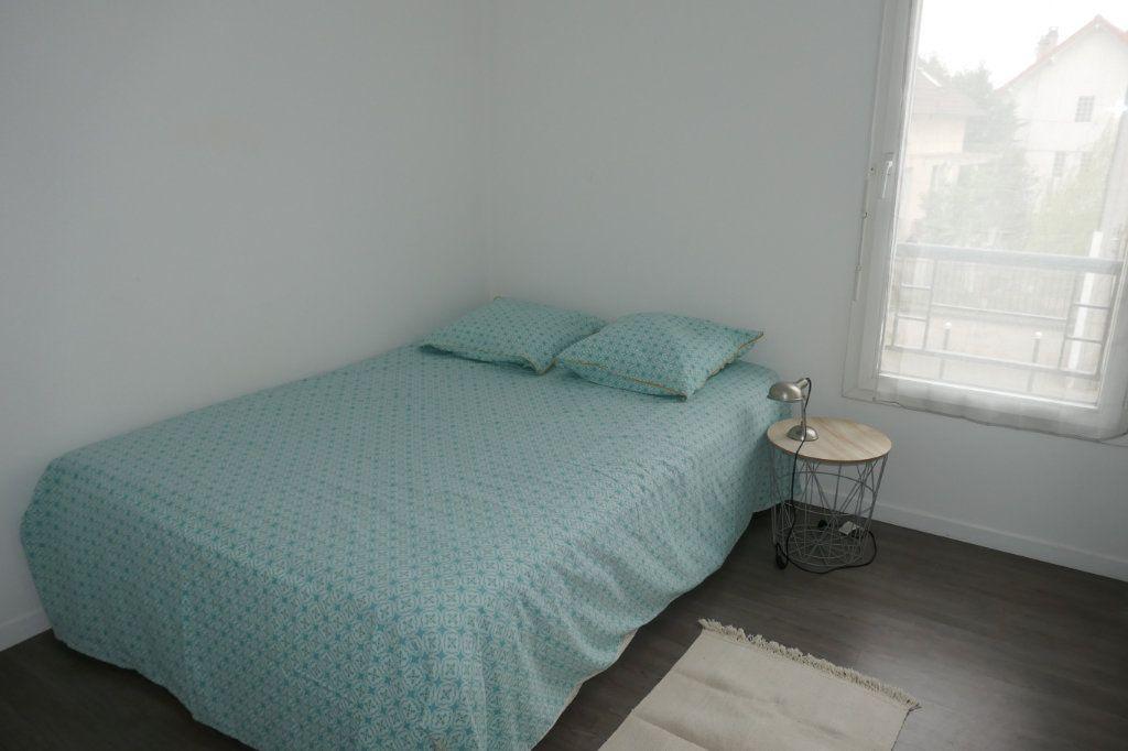 Appartement à louer 3 54m2 à Taverny vignette-5
